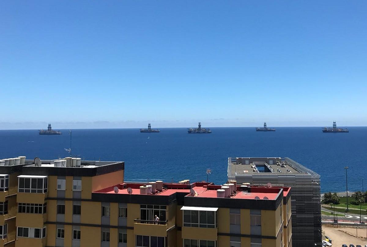 Puertos de Las Palmas   Buques perforadores en la bahu00eda