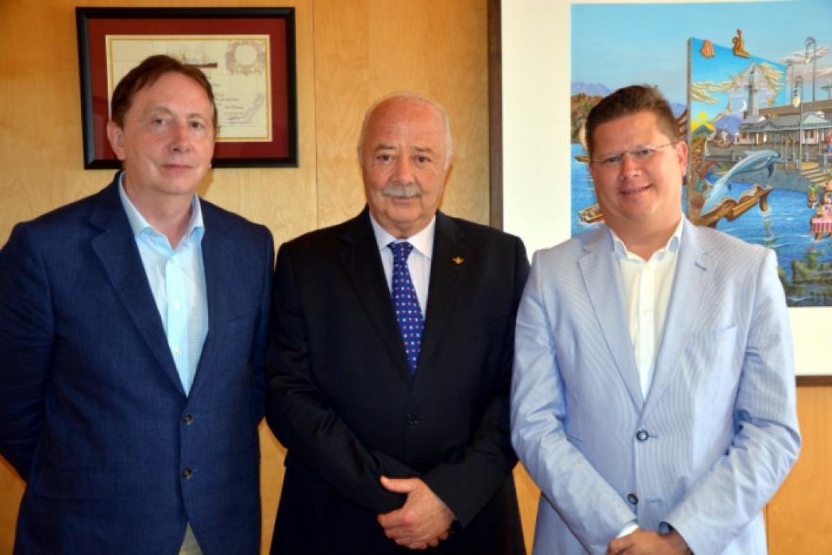 Puertos de Tenerife   Ricardo Melchior   Consul y consejero Econu00f3mico Bu00e9lgica