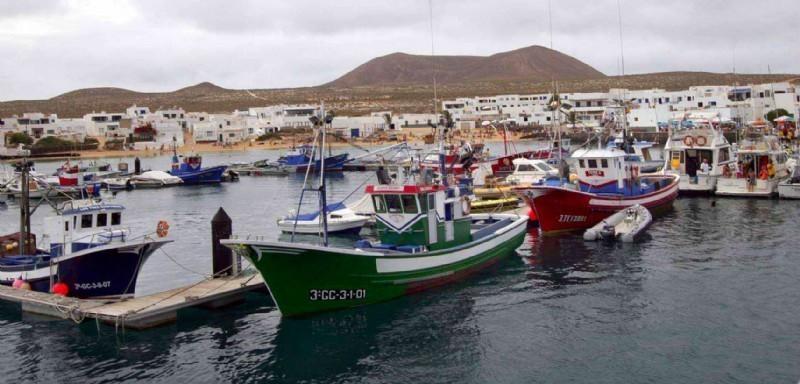 Lanzarote   barcos de pesca