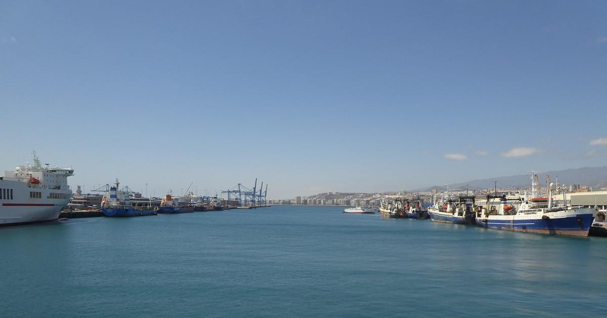 Puertos de Las Palmas   Leu00f3n y Castillo   Muelle Grande