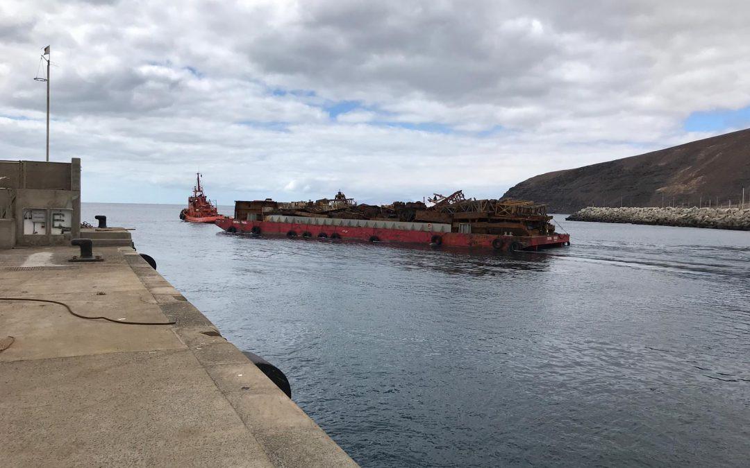 Puertos Canarios   Puerto de Gran Tarajal   salida del remolcador   oct18