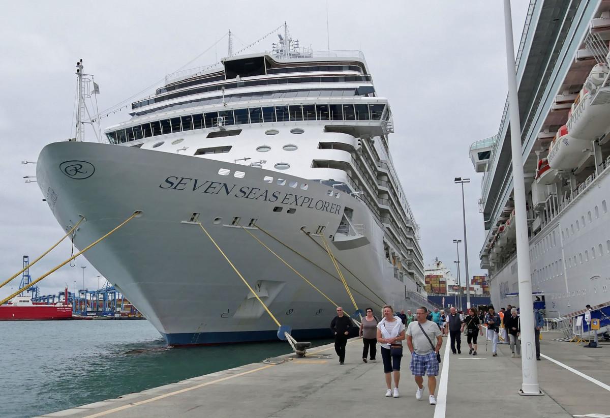 Puerto de Las Palmas   Seven Seas Explorer   Cruceros   nov18