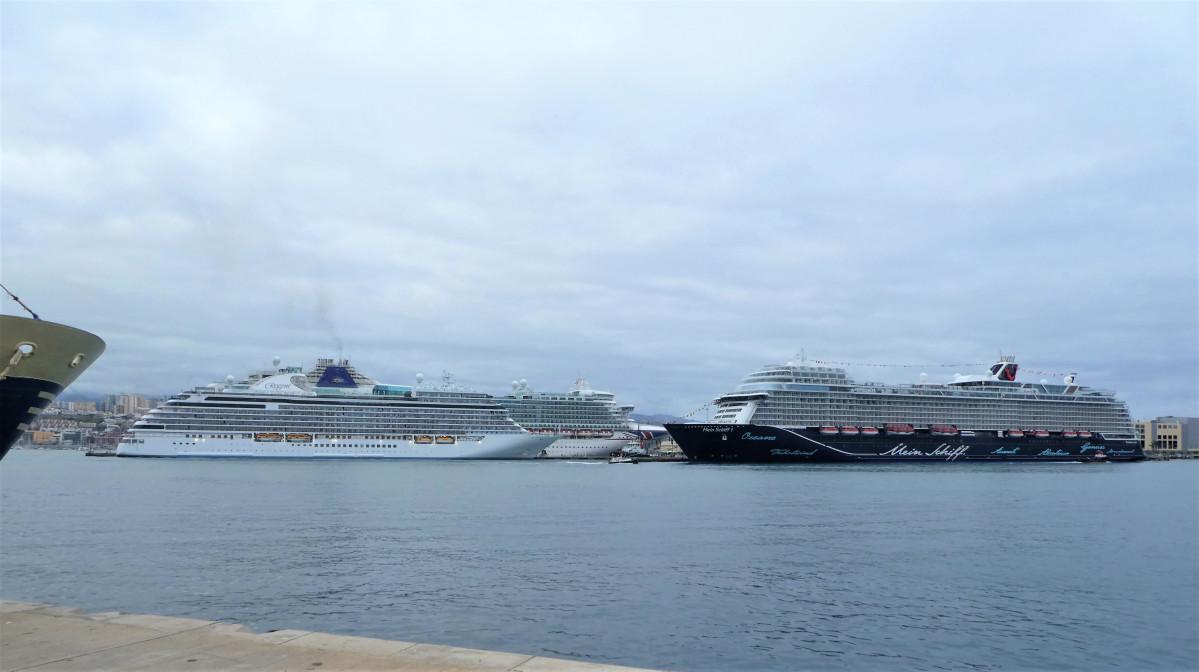 Puerto de Las Palmas   Cruceros   nov18