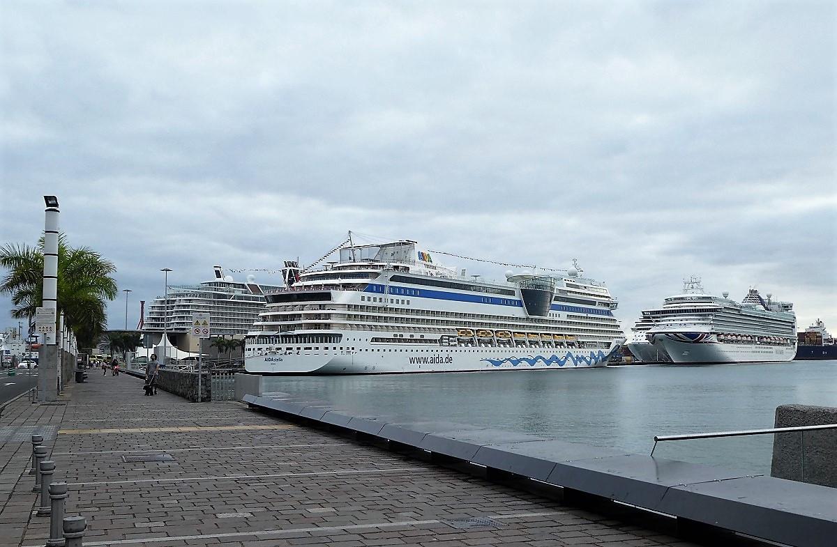 Puerto de Las Palmas   Cruceros
