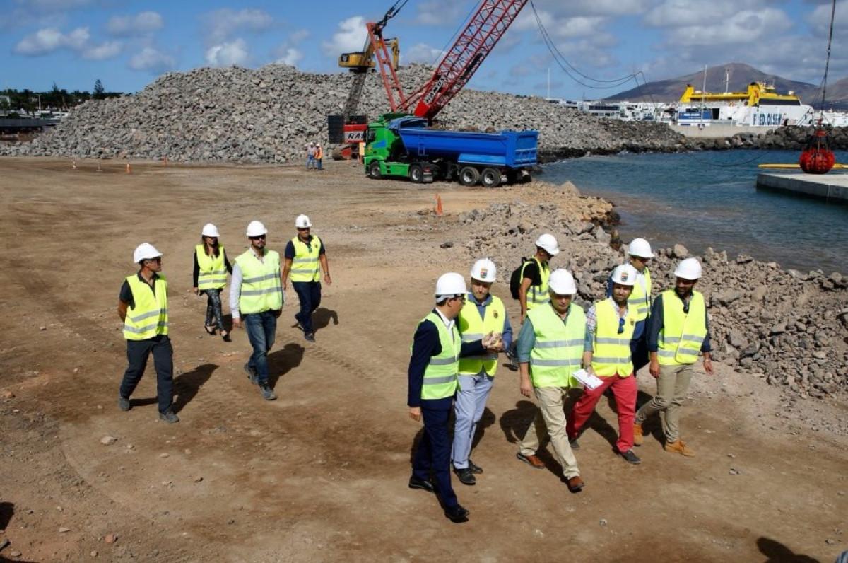 GobCan   Pablo Rodru00edguez   Visita obras puerto de Playa Blanca