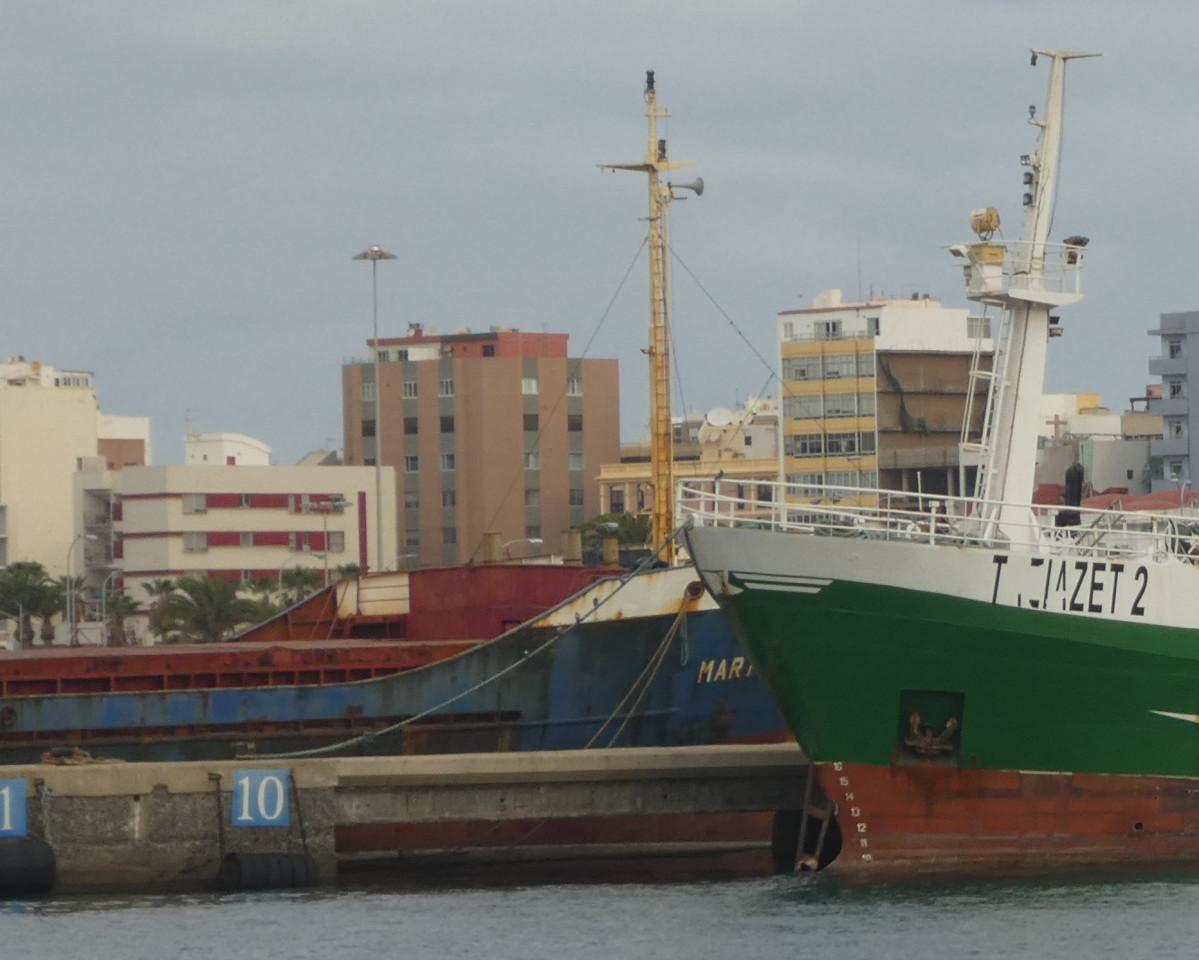 Puerto de Las Palmas   Buque Marín