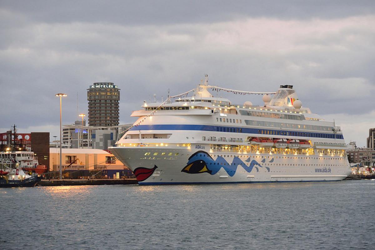 Puerto de Las Palmas   Crucero   Aida