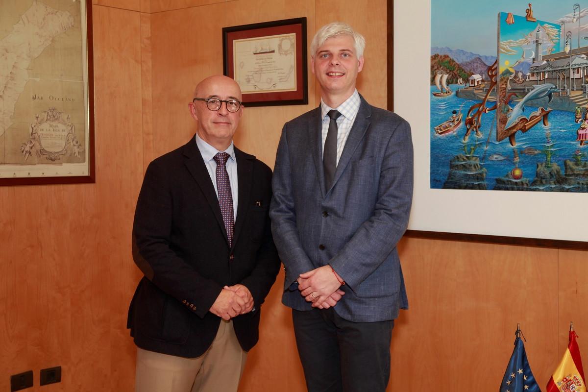 Puertos de Tenerife   Pedro Suu00e1rez (d) y Michel Nestour