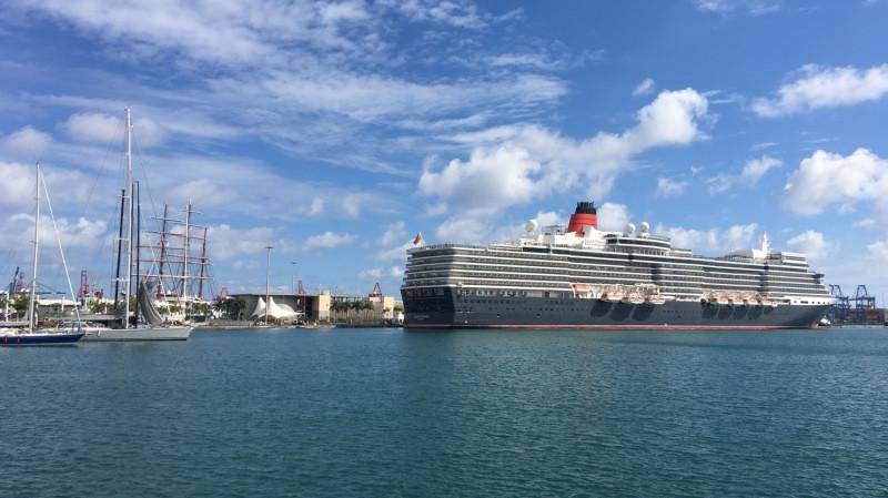 Puerto de Las Palmas   Cruceros   Queen Elizabeth