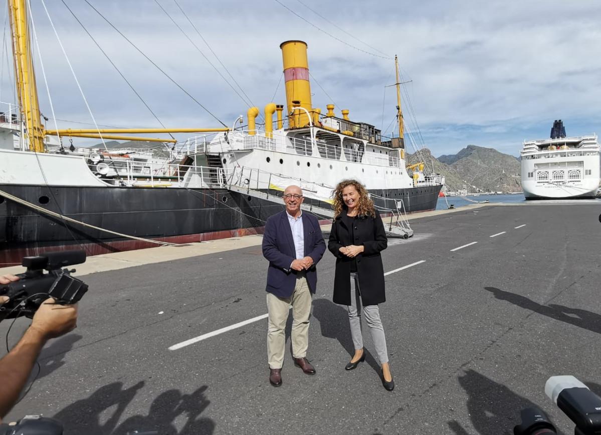 Puertos de Tenerife   Ornella Chacu00f3n   Pedro Suu00e1rez