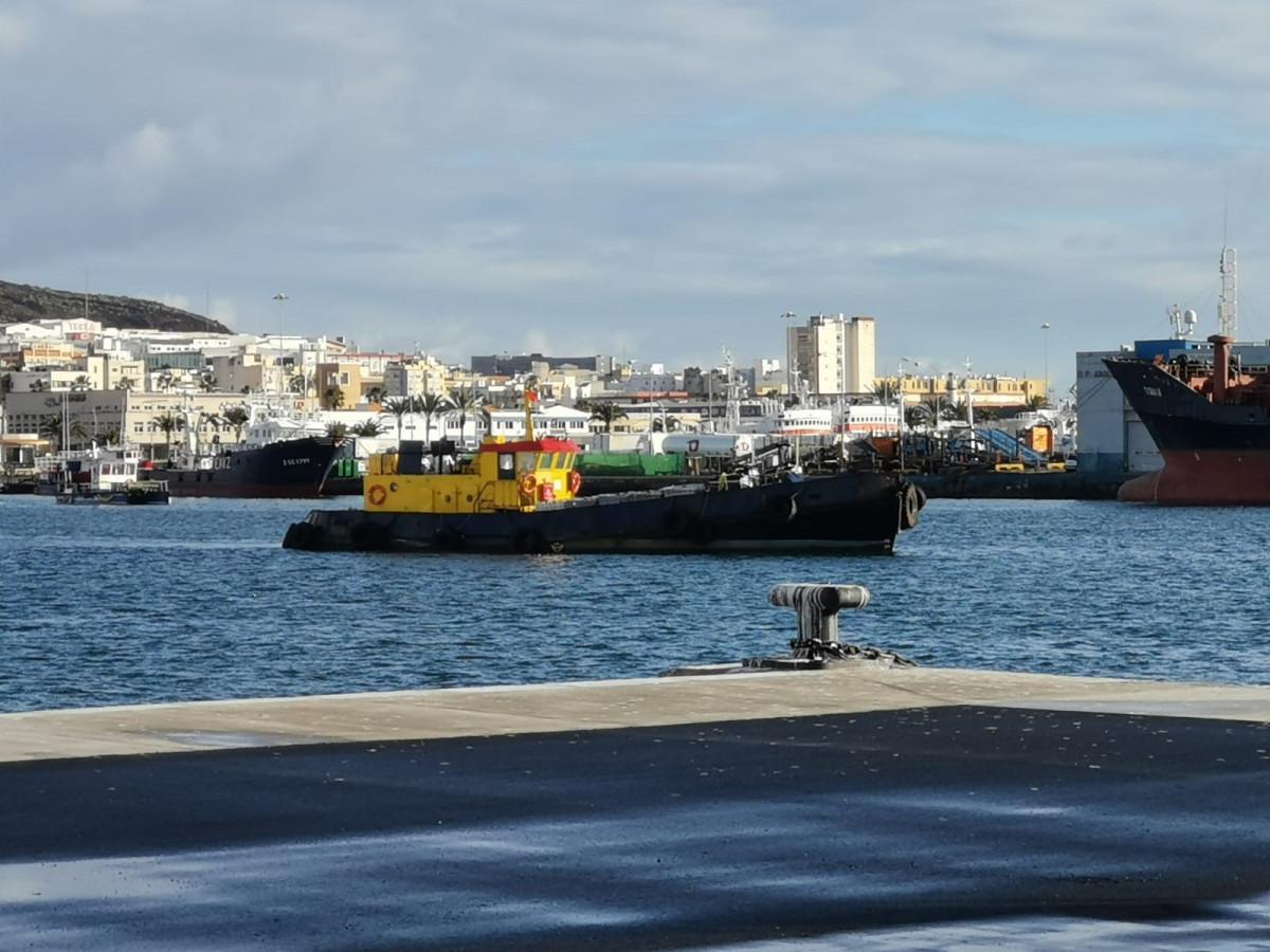Puerto de Las Palmas   Falua