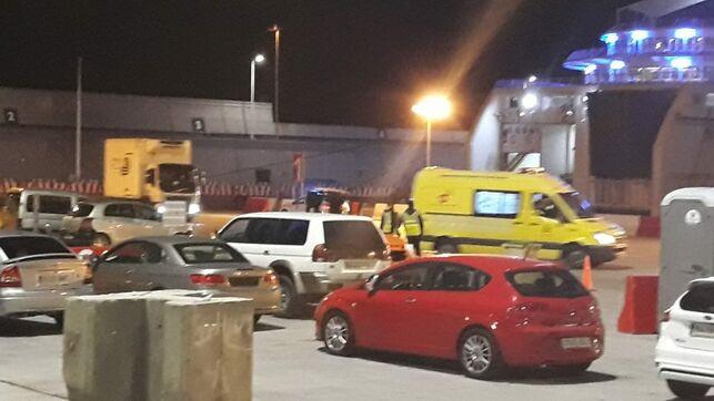 Ambulancia acude Puerto Luz Palmas EDIIMA20190309 0511 19
