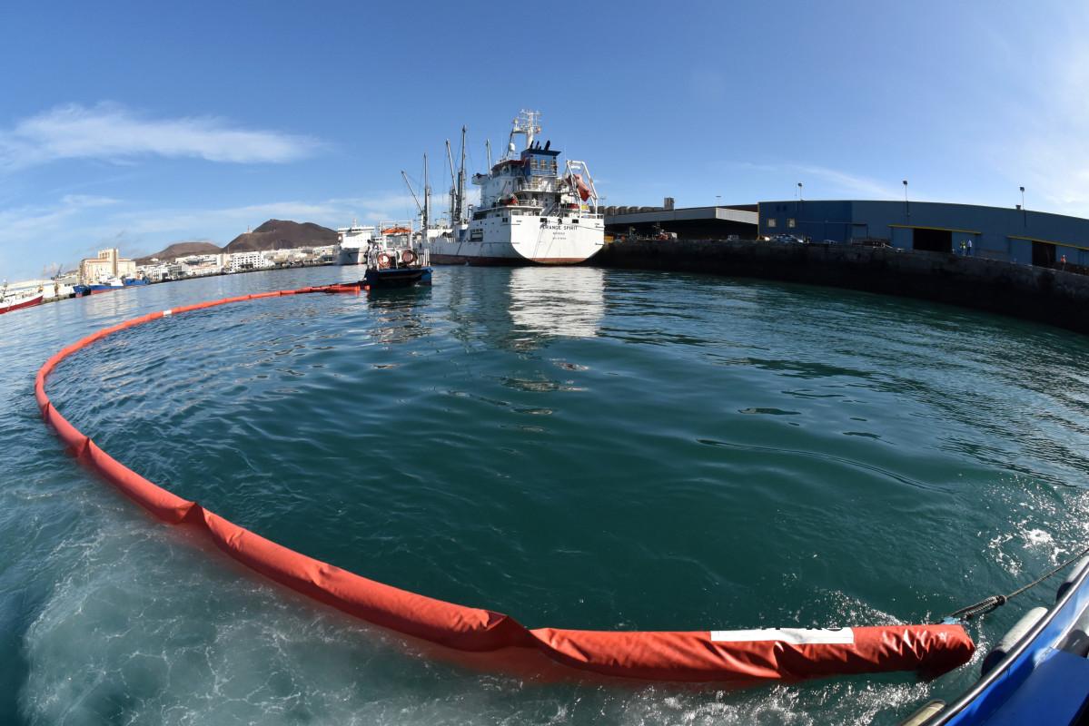 Puerto de Las Palmas   Lucha anticontaminaciou0301n 1