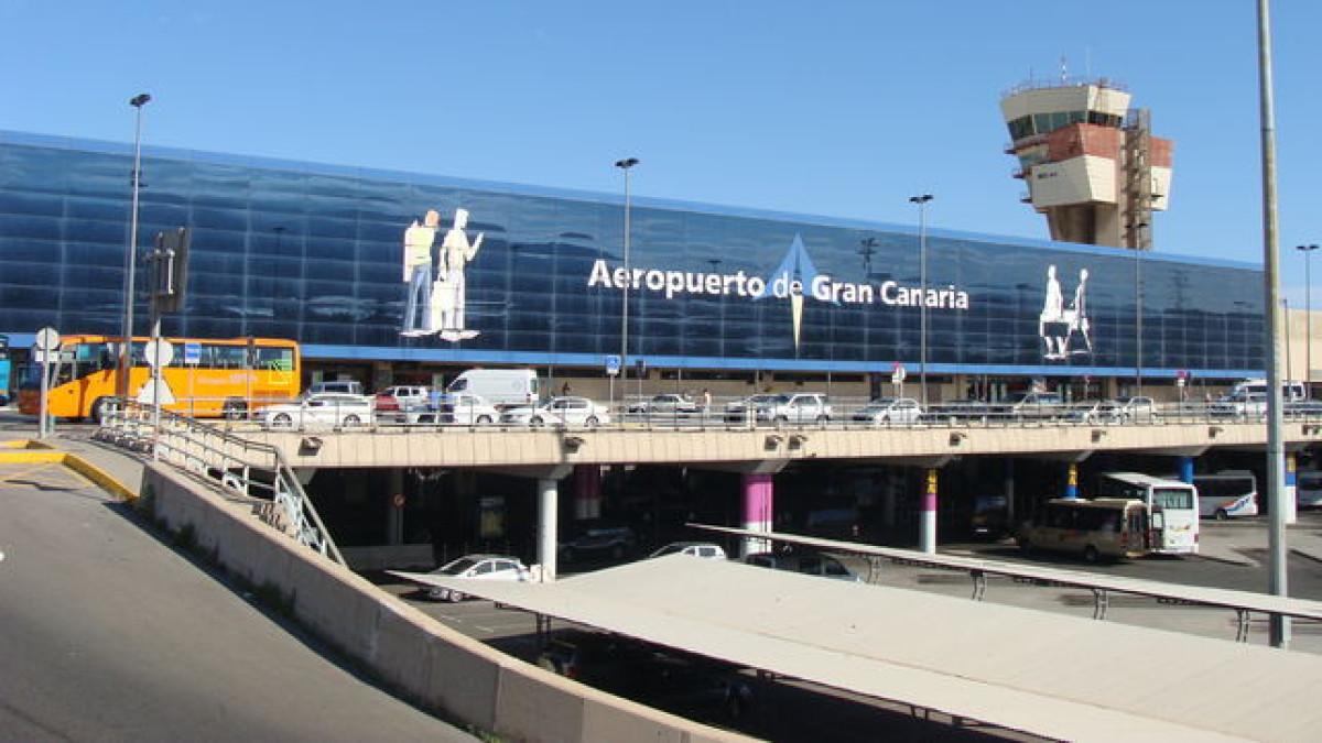 AeropuertoGandoGranCanaria EDIIMA20140721 0375 15